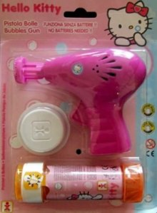 hello-kitty-bubble-gun